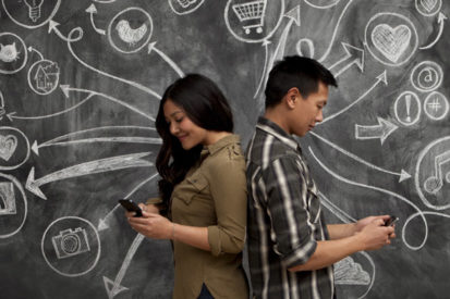 How Do Online Dating Sites Solve Your Dating Problems