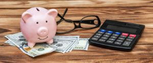 Deciding Whether Savings or Current Account Is Best? 3 Things to Consider