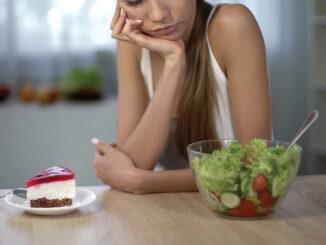 Understanding the Link Between Food & Our Mood